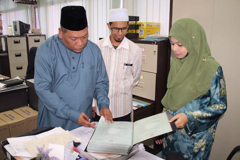18 Mei 2016 Rabu 04 15 Pm Ramah Mesra Dan Melawat Pejabat Agama Islam Daerah Parit Buntar Serta Pejabat Majlis Agama Islam Dan Adat Melayu Perak Maipk Parit Buntar Sempena Pemukiman
